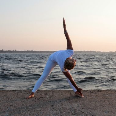 Yoga ute (inne vid regn)